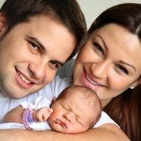 Pınar Altuğ ve Bebeği Su